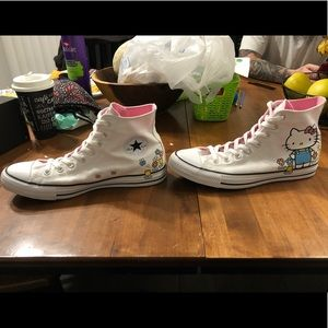 Size 9 Hello kitty converse limited edition vnds